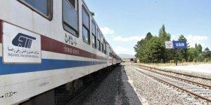 Tahran-Van yolcu treni seferleri başladı!