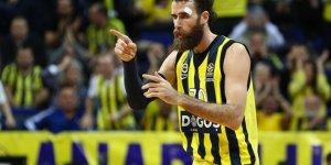 Luigi Datome Fenerbahçe'de kalıyor!