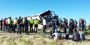 Yolcu otobüsü devrildi:  41 yaralı