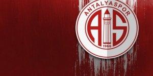 Antalyaspor, yeni transferleri için imza töreni düzenledi