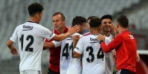 Beşiktaş'ta genç yetenekler alkış aldı