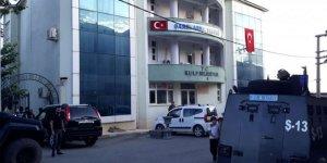 Kulp Belediyesi ve HDP İlçe Başkanlığı binasında arama yapıldı