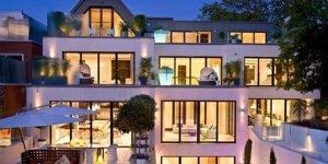 Mesut Özil evini satışa çıkardı