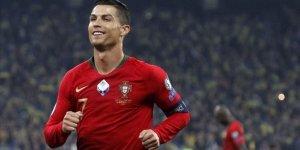 Ronaldo milenyum futboluna damga vuruyor