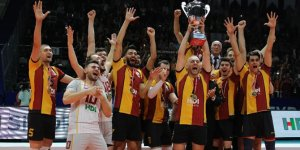 Galatasaray Voleybol Şampiyonlar Kupasını aldı