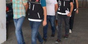 8 düzensiz göçmen kaçakçısı tutuklandı