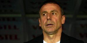 Abdullah Avcı talimat verdi! Beşiktaş'ta 3 yıldızla yollar ayrılıyor