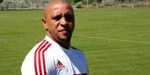 A Milli Takım'a, İzlanda maçı öncesi Roberto Carlos'tan destek