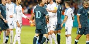 Messi'yle Cavani tünelde kapıştı: Ne zaman istersen