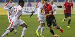 Gençlerbirliği sahasında Göztepe'yi 3-1 yendi