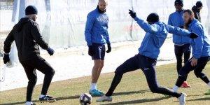 Erzurumspor'un ligde ve kupadaki hedefi zirve