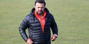 Denizlispor teknik direktör Bülent Uygun'la prensipte anlaştı