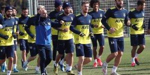 Fenerbahçe'de derbi hazırlıkları sürdü
