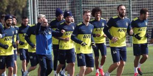 Fenerbahçe Süper Lig'in 24. haftasında Antalyaspor'a konuk