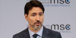 Kanada Başbakanı Trudeau evindeki karantinadan çıktı