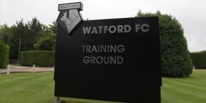 Watford'da bir futbolcunun Kovid-19 testi pozitif çıktı