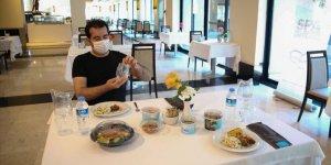 Normalleşme sürecinde yeme içme tesislerinde uygulanacak Kovid-19 önlemleri belirlendi
