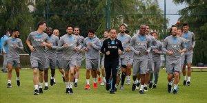 Trabzonspor'da teknik heyet ve sporcular beşinci kez Kovid-19 testinden geçti