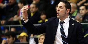 Victor Lapena 1 yıl daha Fenerbahçe'de
