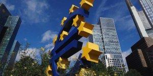 ECB faizi sabit tutarken, Pandemi Acil Varlık Alım Programı'nı genişletti