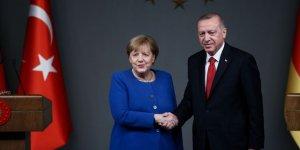 Cumhurbaşkanı Erdoğan'dan Merkel'le önemli görüşme