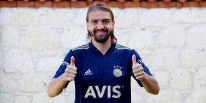 Fenerbahçe Caner Erkin'i transfer etti