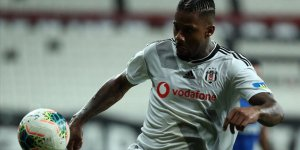 Beşiktaşlı futbolcu Lens: Şampiyon olmak istiyorum