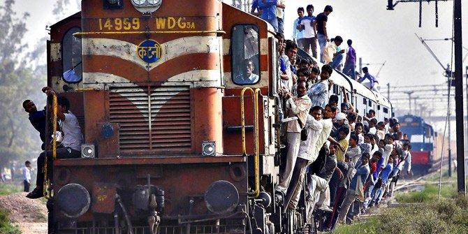 Hindistan'da ölümcül tren yolculuğu