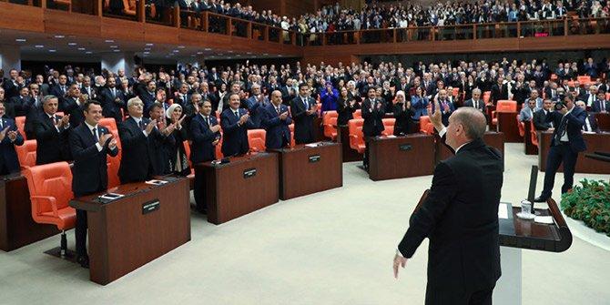 Erdoğan, TBMM Genel Kurulu'nda yemin ederek göreve başladı
