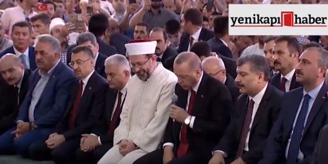 """Başkan Erdoğan """"15 Temmuz Şehitleri"""" için Kuran-ı Kerim okudu"""
