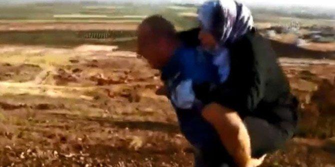 Polisimizden örnek bir davranış: 2 kilometre sırtında taşıdı