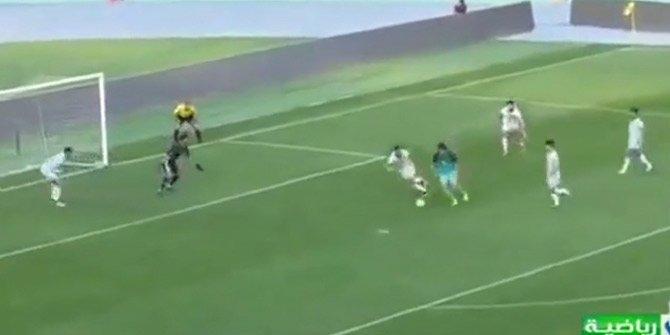 Spikeri çıldırtan ilginç gol!