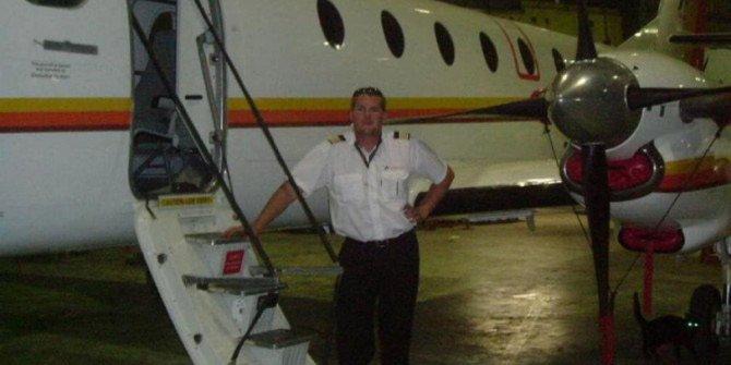 Gözü dönen koca, uçağıyla eşinin bulunduğu binaya çarptı