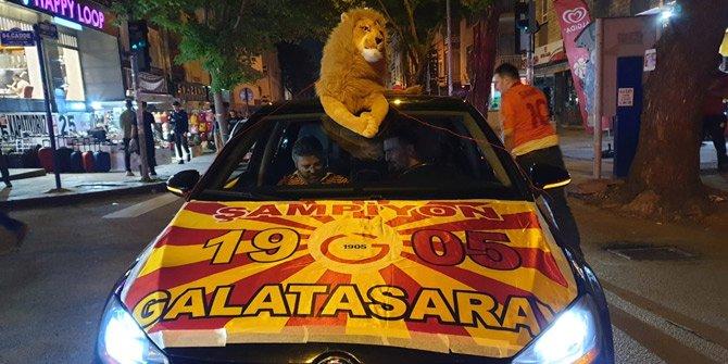 Her yer sarı-kırmızı! Ankara'da Aslan Kral'lı kutlama
