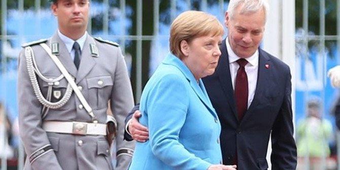 """Alman basını Merkel'in titremesinin adını koydu """"Hipoglisemi atağı"""""""