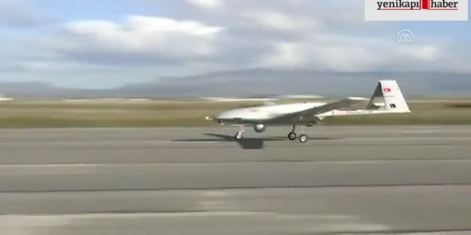 İHA, KKTC Geçitkale Havalimanı'na indi (VİDEO)