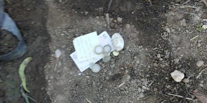 Yere düşen şeftalileri toplayıp, not ve para bıraktılar
