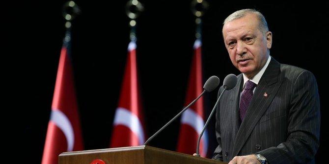Erdoğan'dan 'eğilmedik, eğilmeyiz' paylaşımı